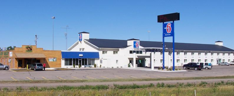 Motel%206%20and%20Sam%20Bass%20Restaurant.jpg
